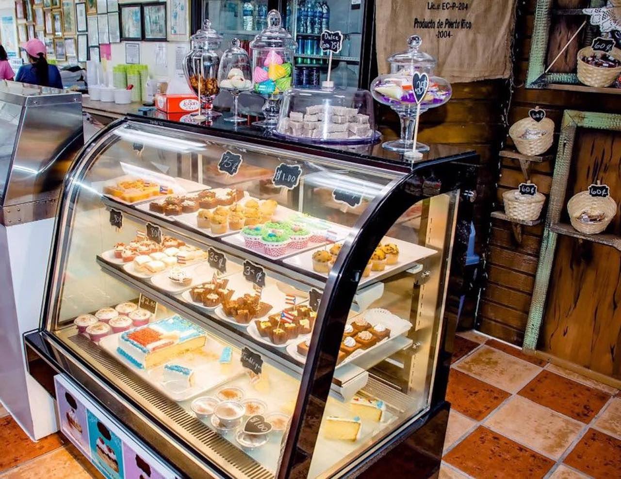 Heladeria Lares ice cream parlor interior