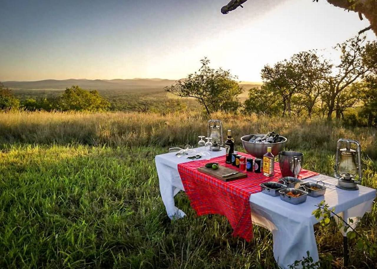 Rhino Sands Safari Camp picnic in the savana