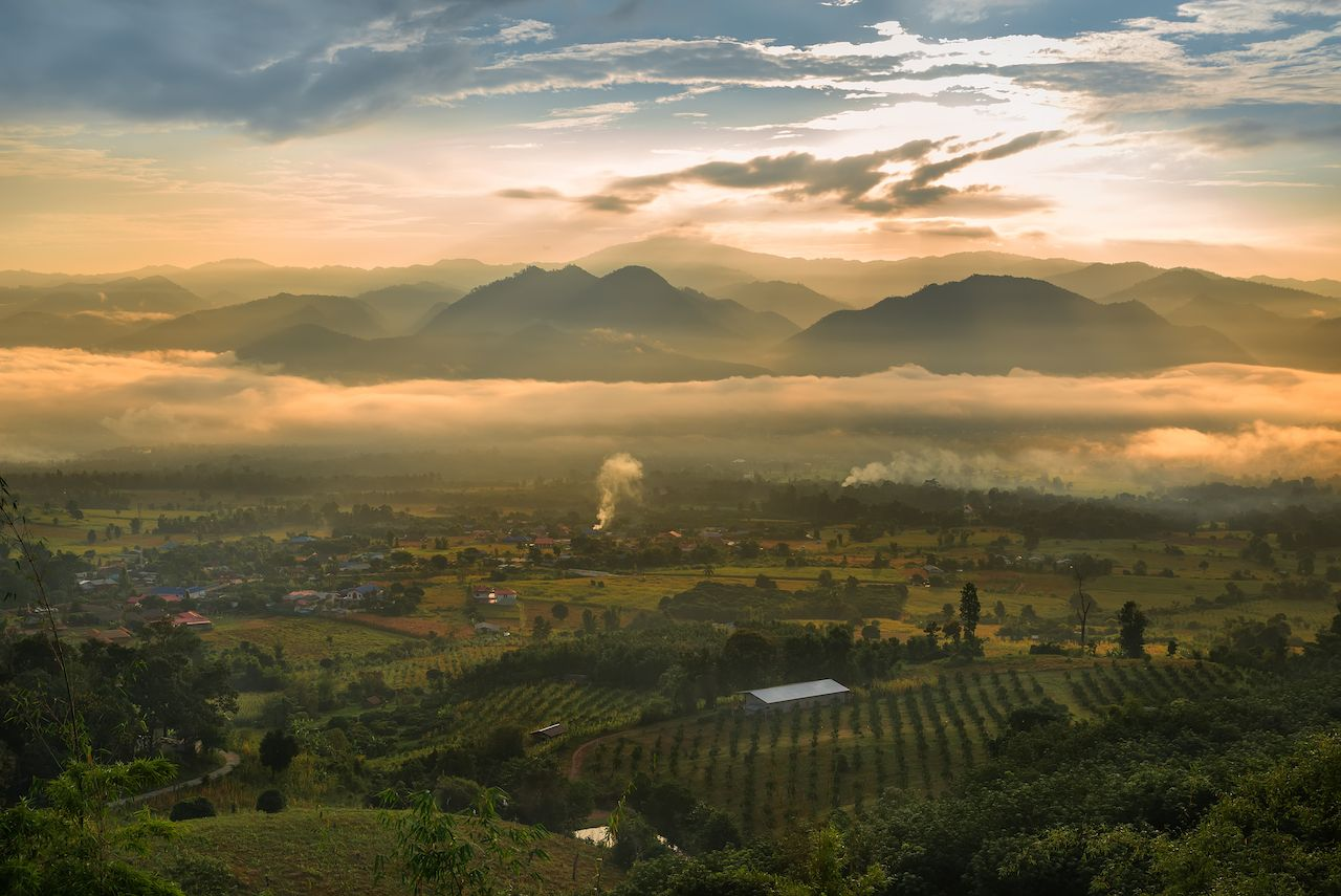 Sea of ​​mist and sunrise at Yun Lai Point View, Pai, Mae Hong Son, Thailand