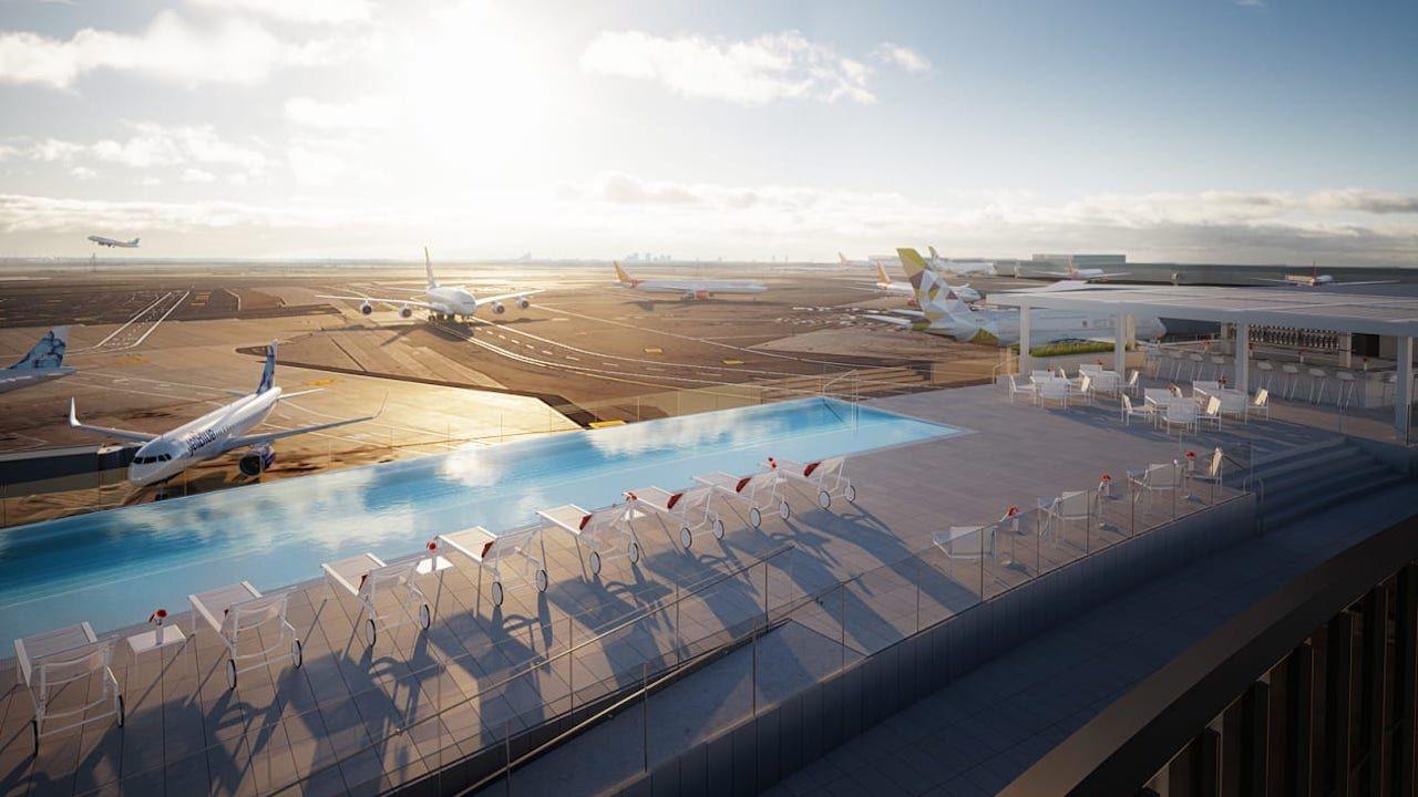 JFK Airport TWA Hotel infinity pool