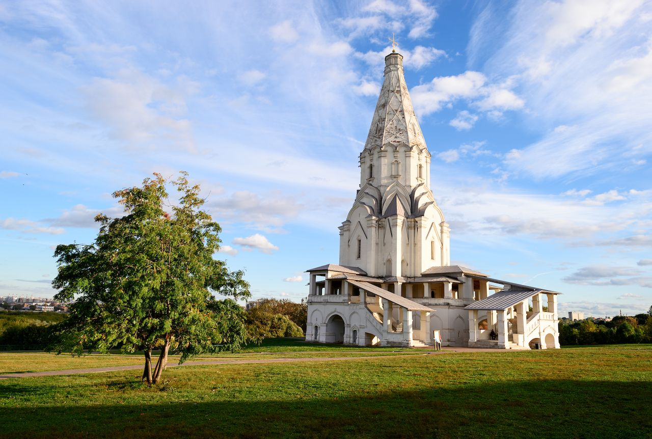 The Ascension Church in Kolomenskoye under blue skies