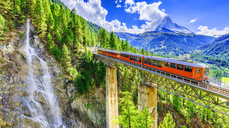 8 reasons why a train trip is the only way to see Switzerland