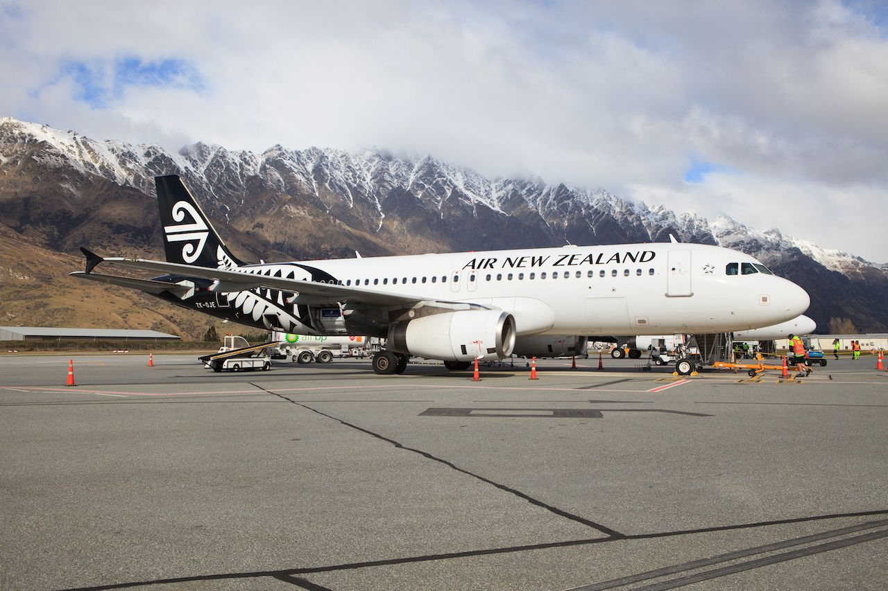Air New Zealand passenger removed