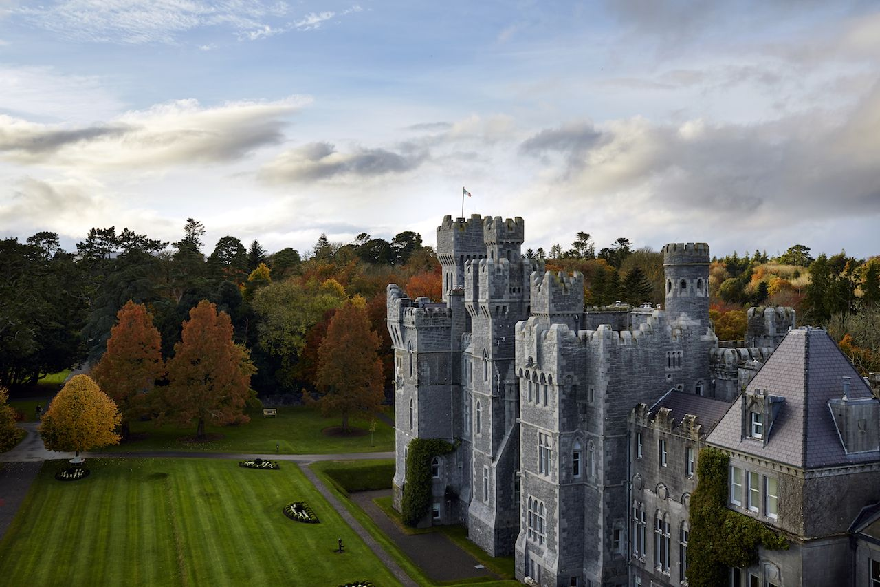 Stay in an 800-year-old Irish castle
