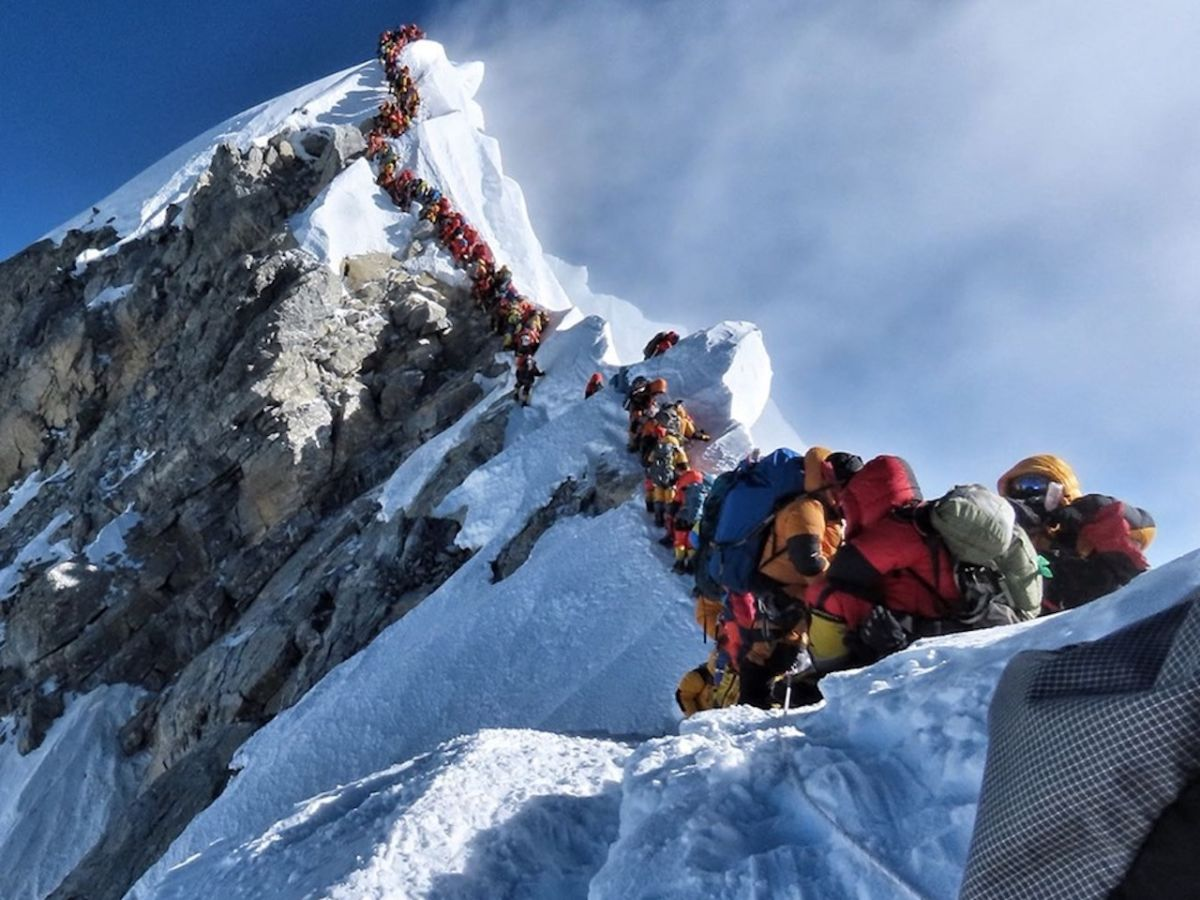 Three more climbers die on Everest, bringing the total to seven this week