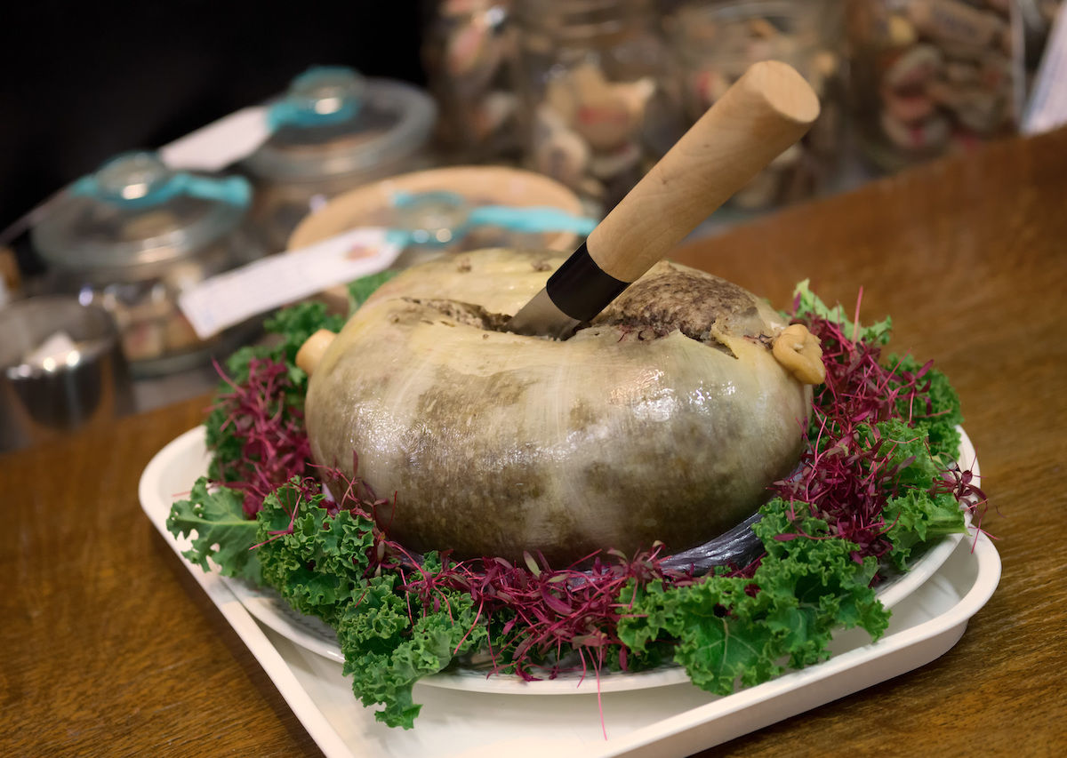 8 gut-busting traditional dishes from Scotland to add to your bucket list