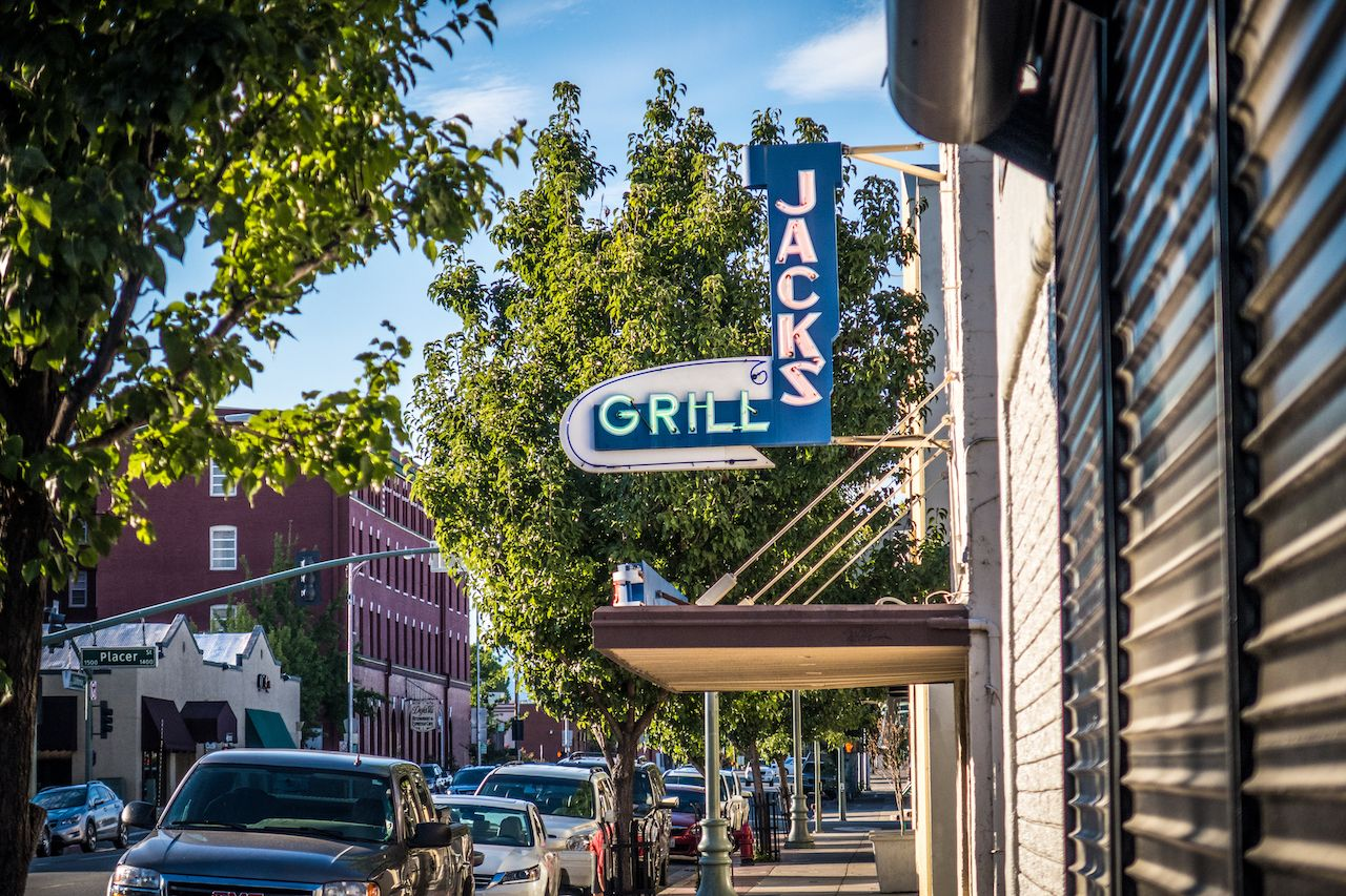 Outside-Jacks-grill-in-downtown-Redding-