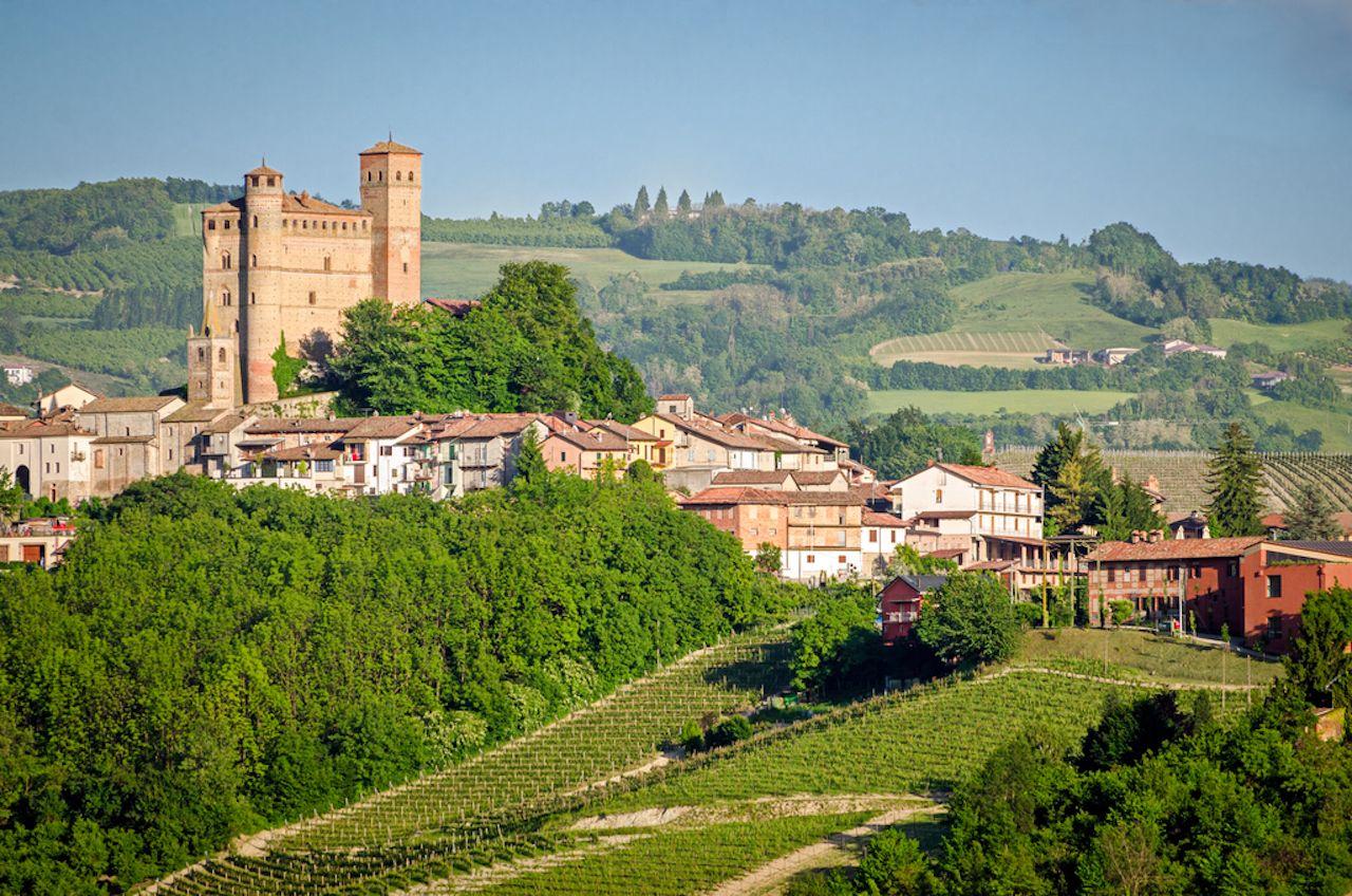 Serralunga d'Alba, Langhe, Piedmont, Italy