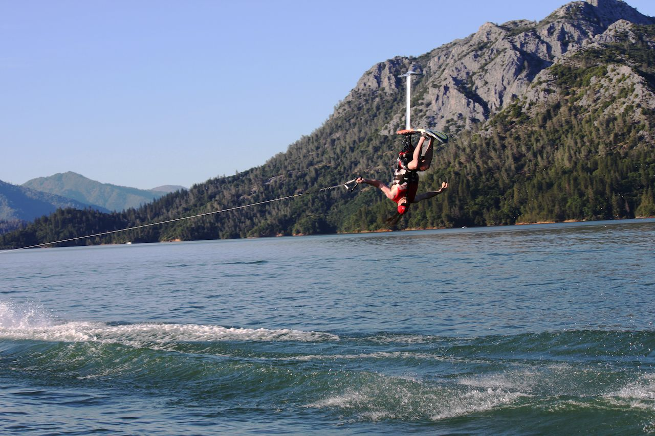 Sit-Skier-on-the-water-in-Lake-Shasta-CA
