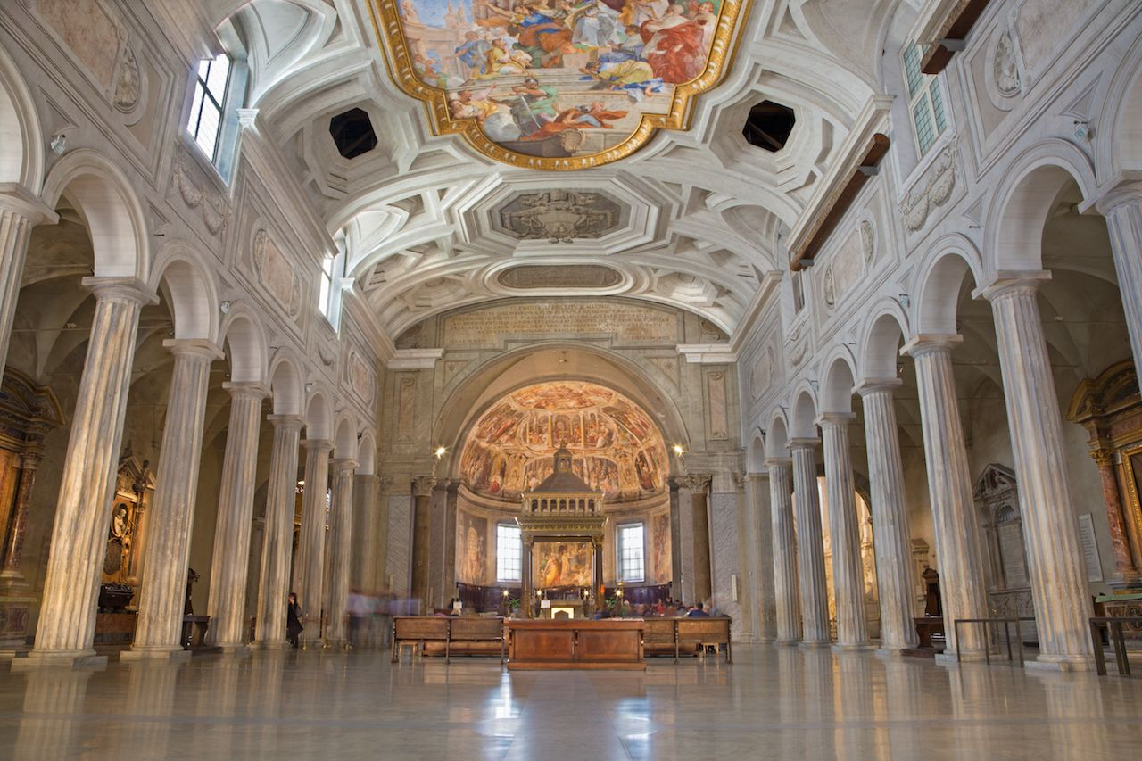 The nave of church Chiesa di San Pietro in Vincoli