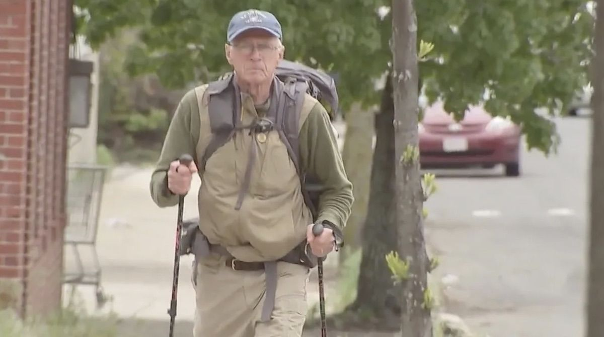 This 71-year-old man is trekking coast to coast for veterans