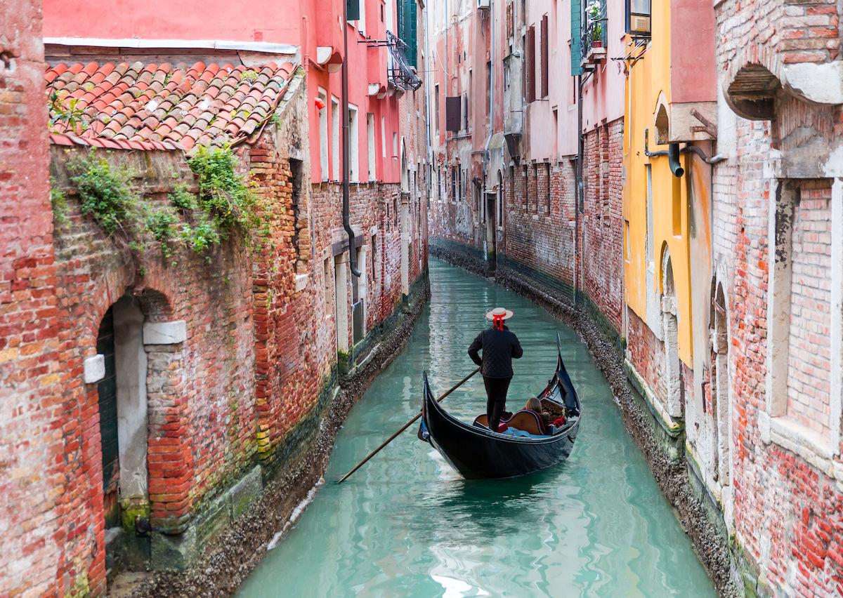 A non-tourist guide to Venice