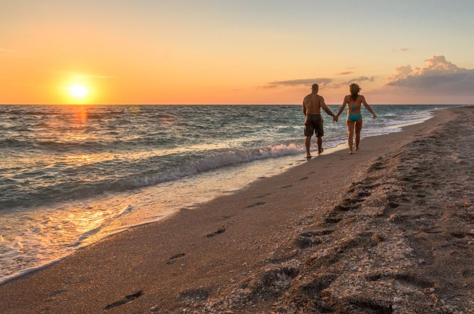 8 blissful ways to enjoy The Beaches of Fort Myers & Sanibel as a couple