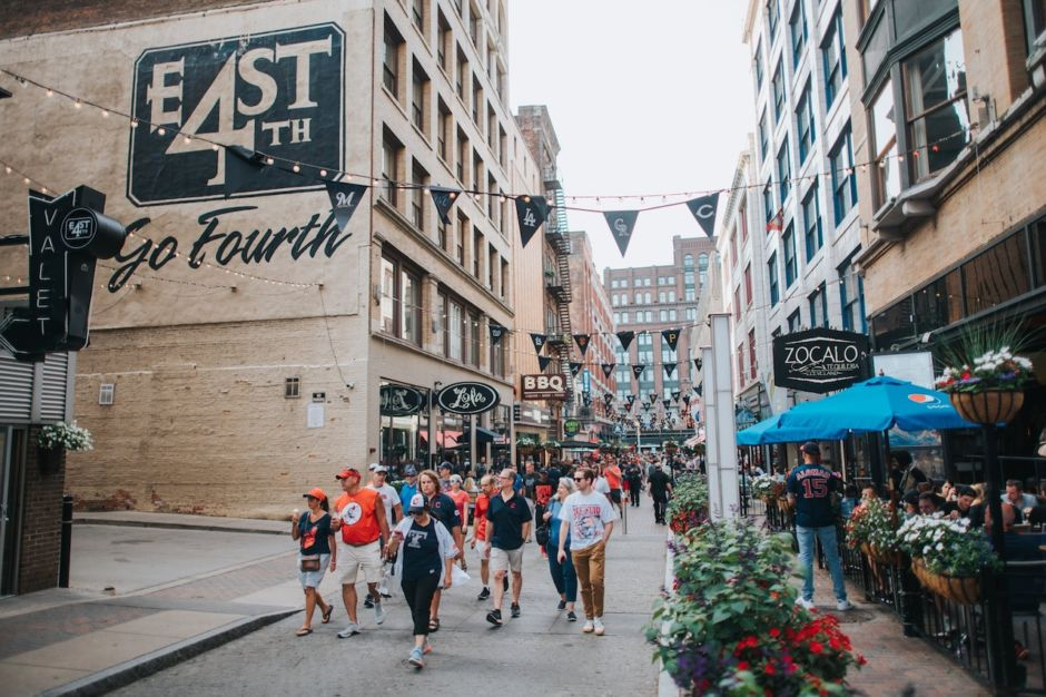 9 US cities that are super easy to explore on foot