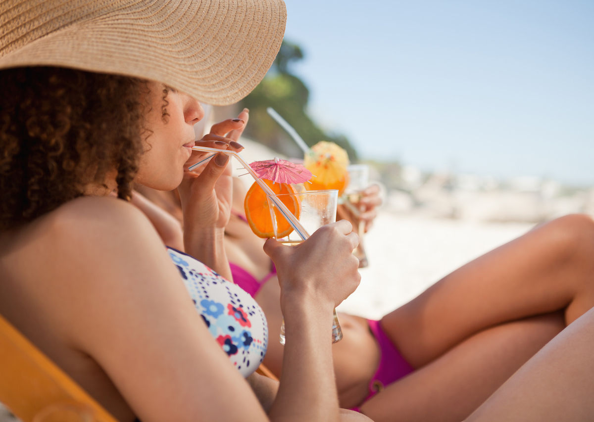 Alcohol causes skin to sunburn more easily, study says
