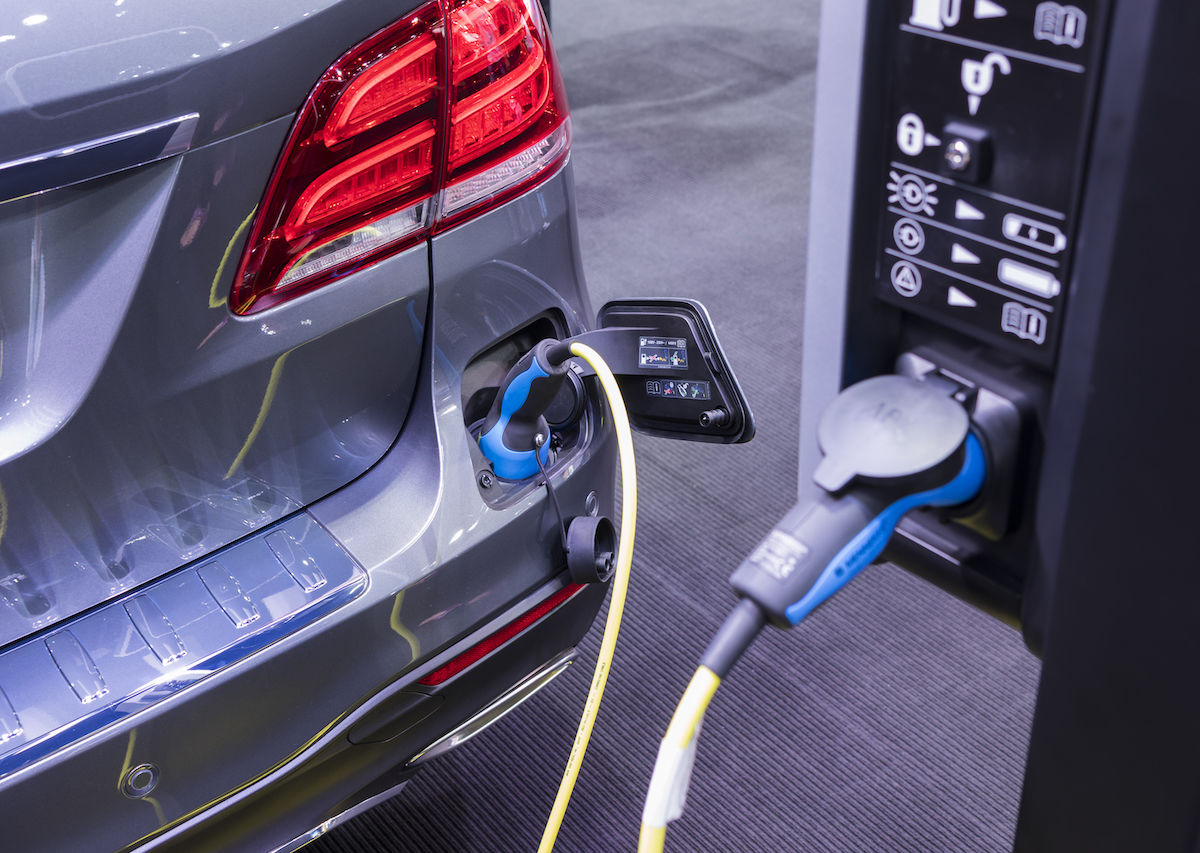 100 new electric vehicle charging stations donated to be installed in and near national parks