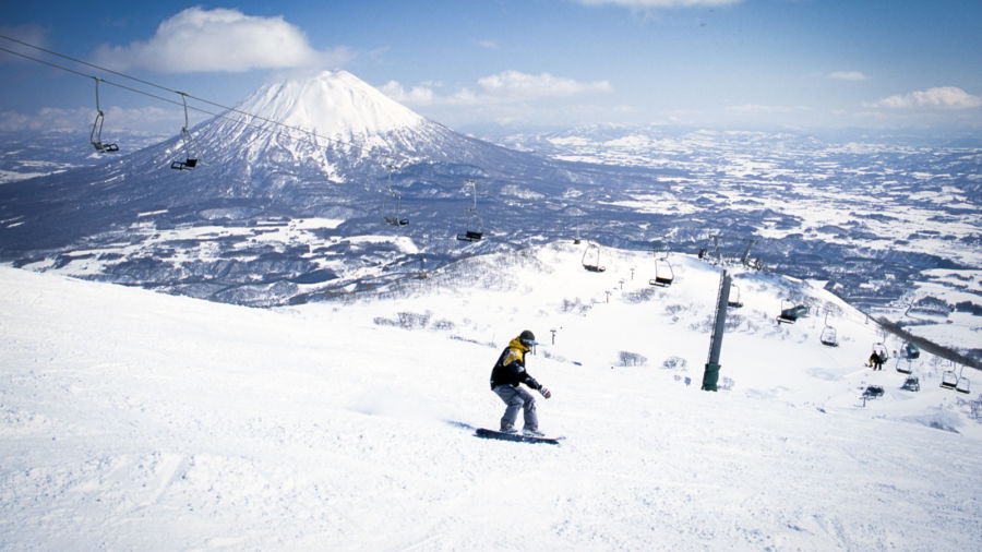 Winter in Japan: 2 perfect trips