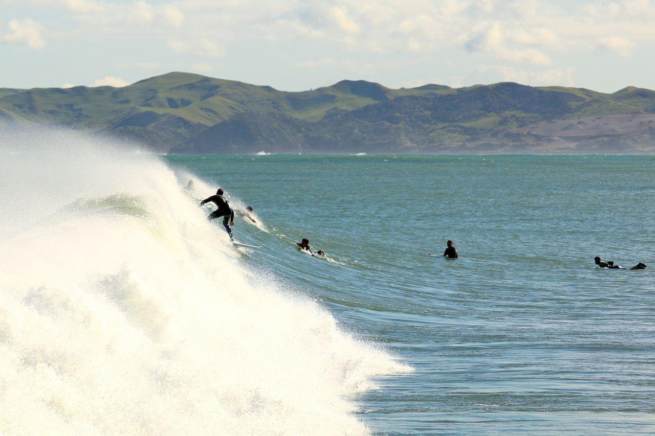 Resultado de imagen de raglan surf