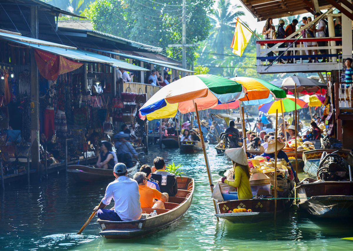 7 best street food and shopping markets in Bangkok