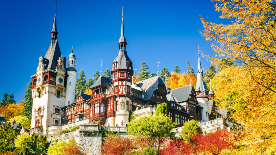 9 amazing castles you didn't know existed in Romania