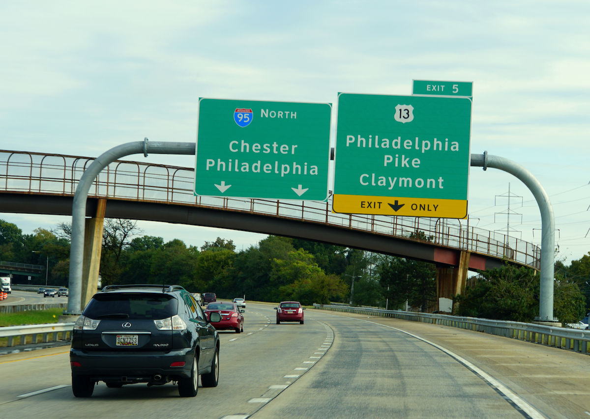 8 terrible things that happen to Philadelphians while traveling