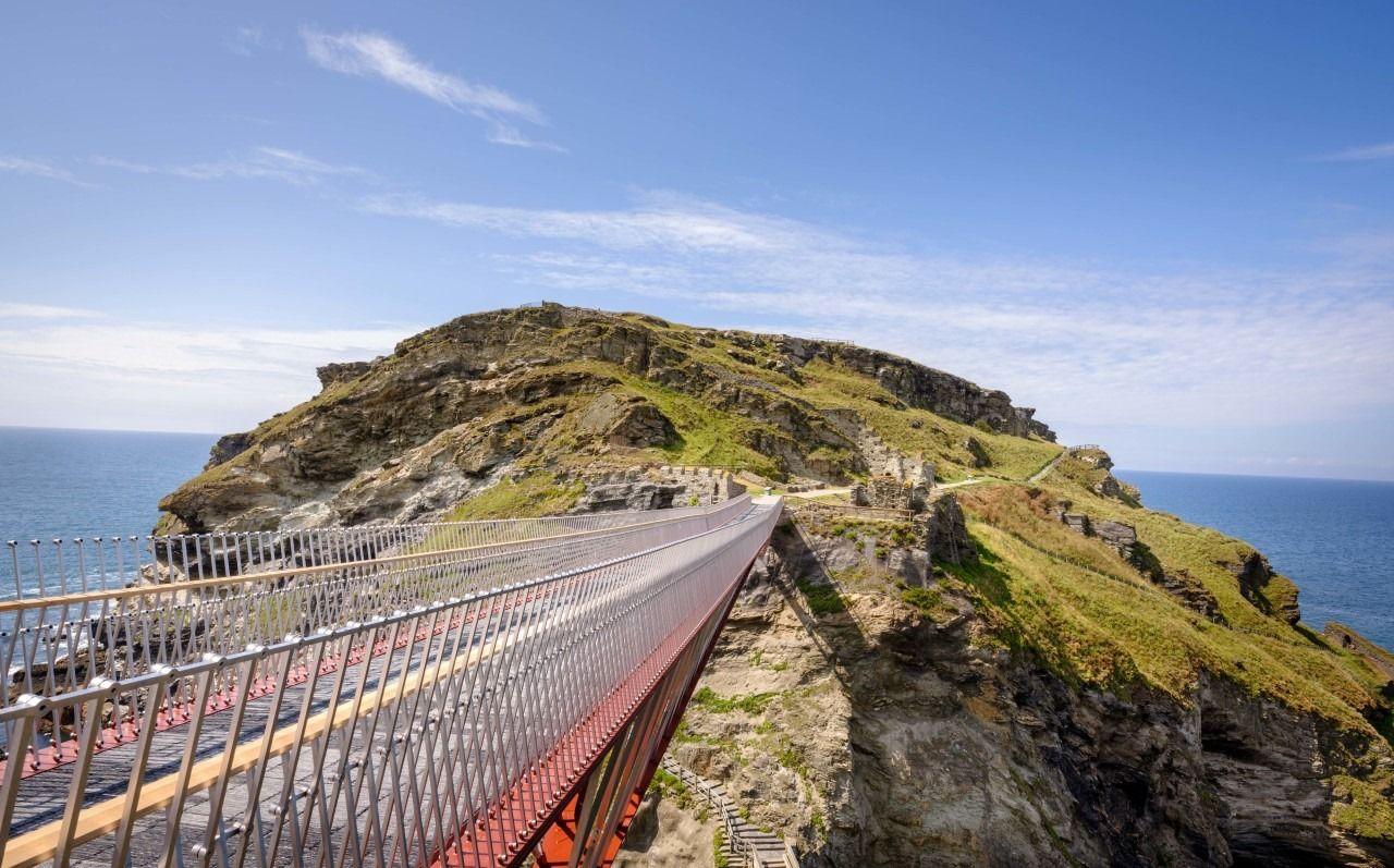 Tintagel footbridge