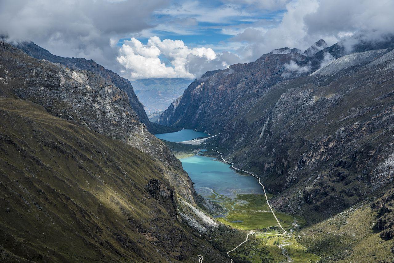 Trekking to Laguna 69 and passing by Laguna de Llanganuco in Peru