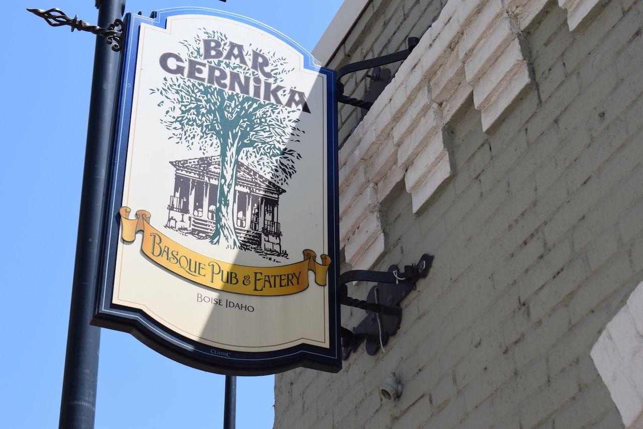 bar_gernika
