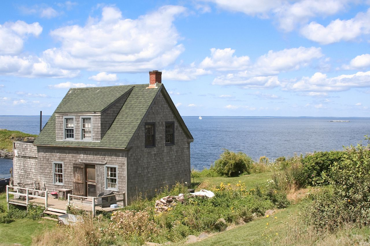 Look no further for New England charm.. The post 7 New England islands to visit that aren't Nantucket appeared first on Matador Network..