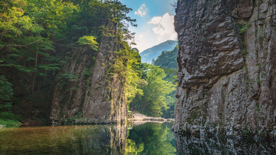 4 gorgeous day hikes near Hiroshima