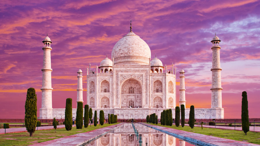 The Taj Mahal will now stay open at night