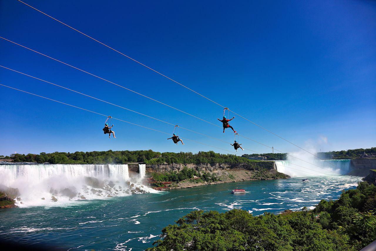 Zip line in Niagara