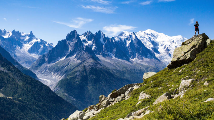 British climber who left rowing machine on Mont Blanc sparks outrage in France