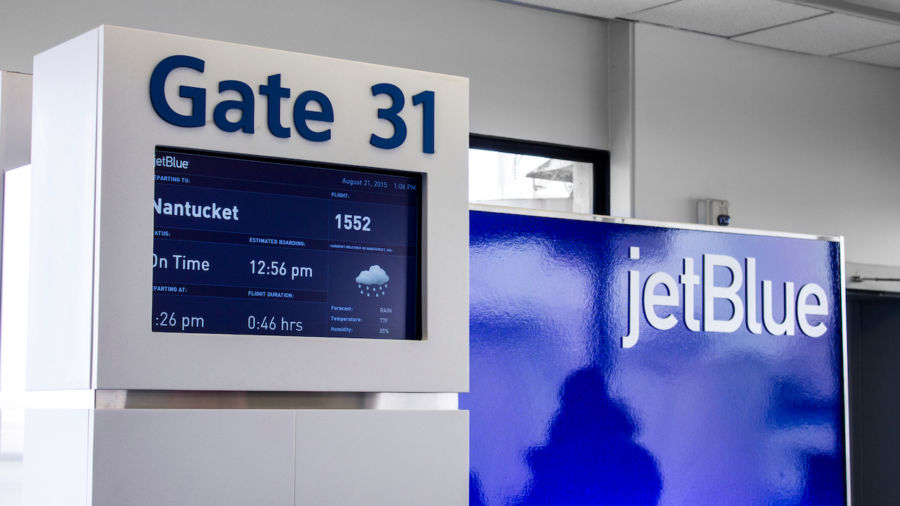 Former JetBlue agent who gave $785,000 in free travel to family and friends faces jail time