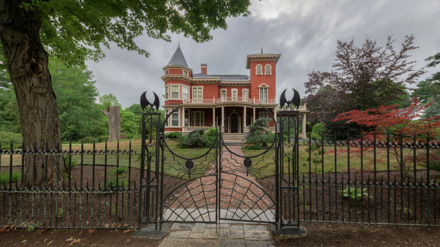 Stephen King's Maine mansion is about to become a retreat for writers