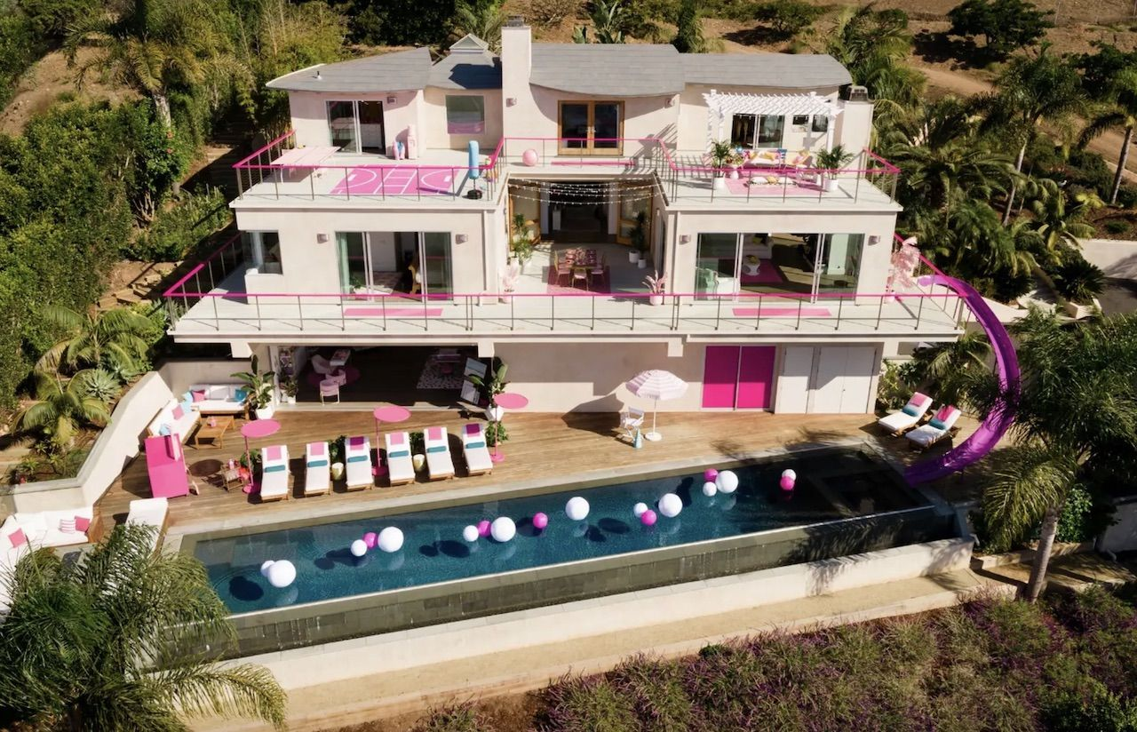 Barbie Dreamhouse on Airbnb
