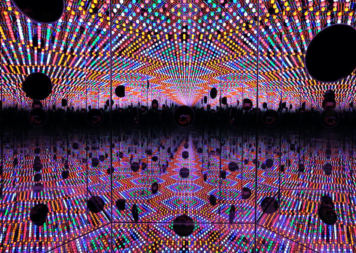 Yayoi Kusama Infinity Mirrors Toronto 2021 - Car Wallpaper