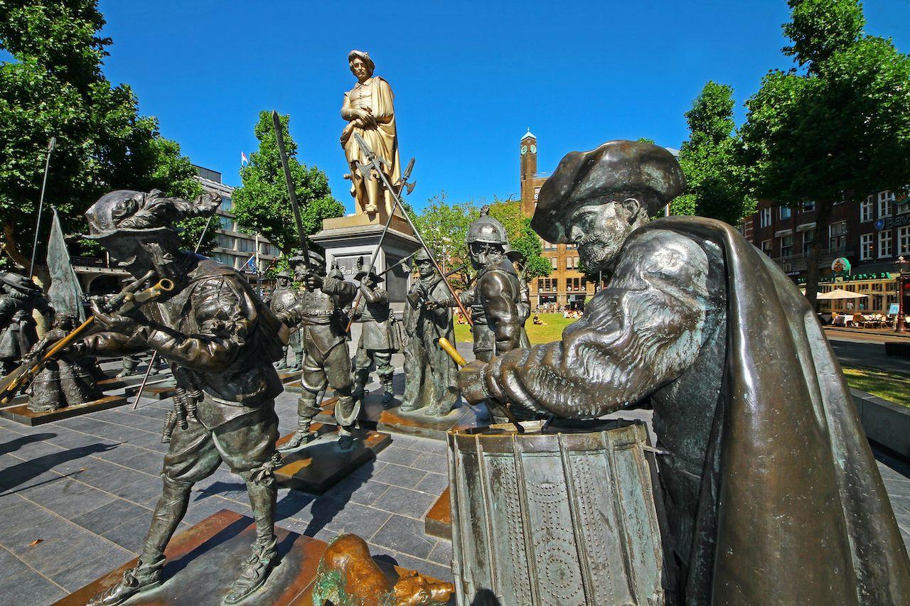 Rembrandt van Rijn monument