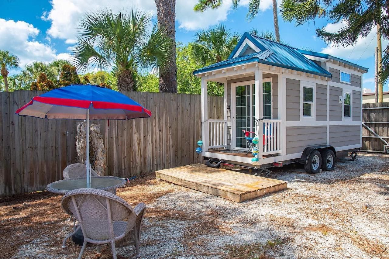 Tiny House Beach Resort
