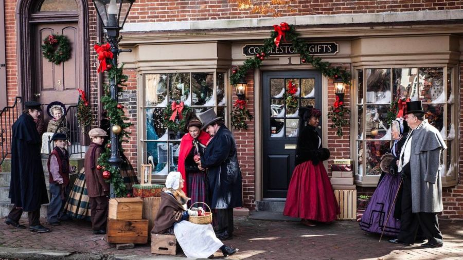 9 charming small towns that look just like a Hallmark Christmas movie