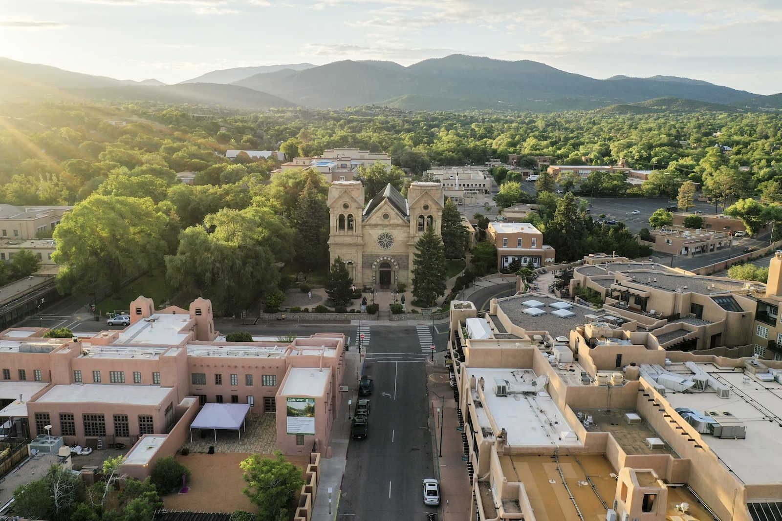 12 surprising facts about Santa Fe