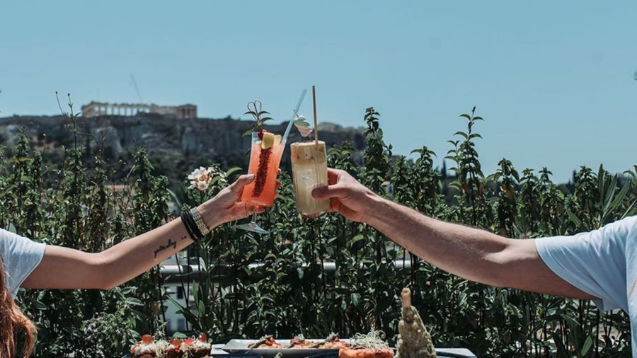 7 Athens rooftop bars with the best views of the city