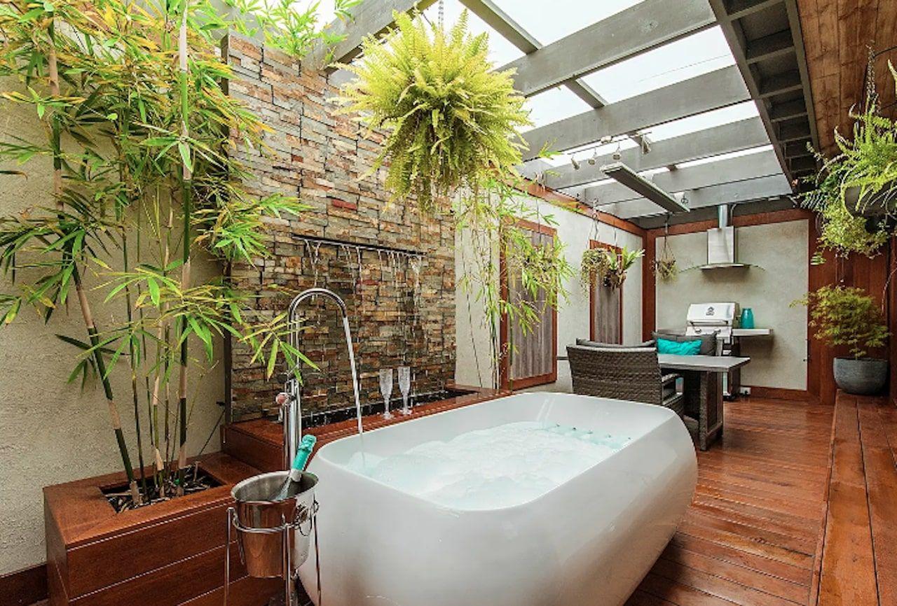 Couple's spa retreat in Mornington