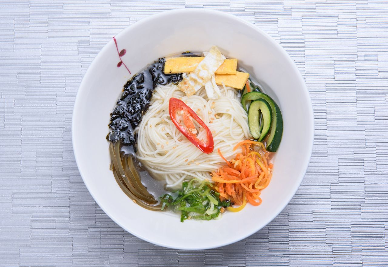 Korean anniversary noodle soup, Janchi Guksu