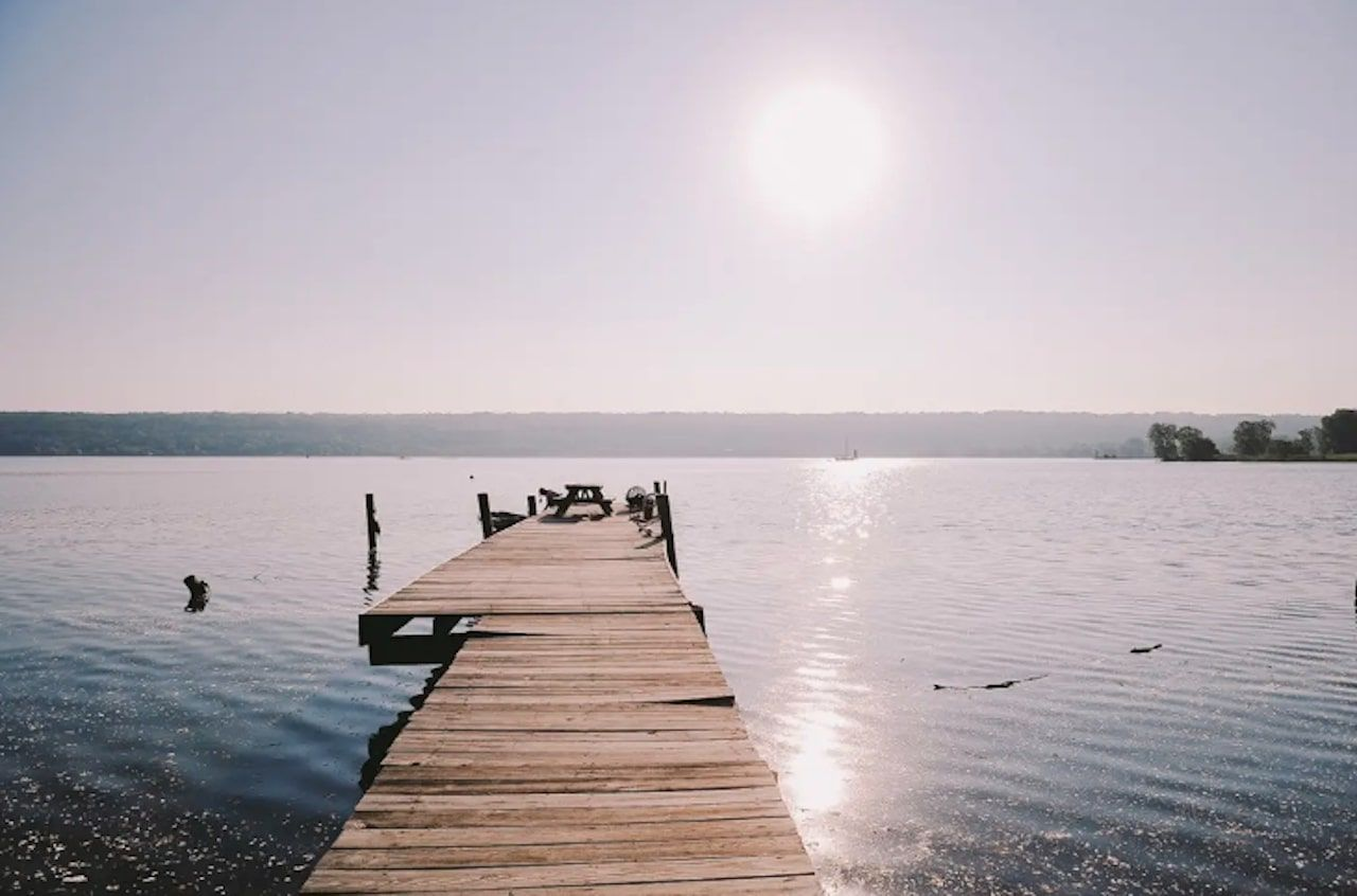 Lakefront getaway in Ithica