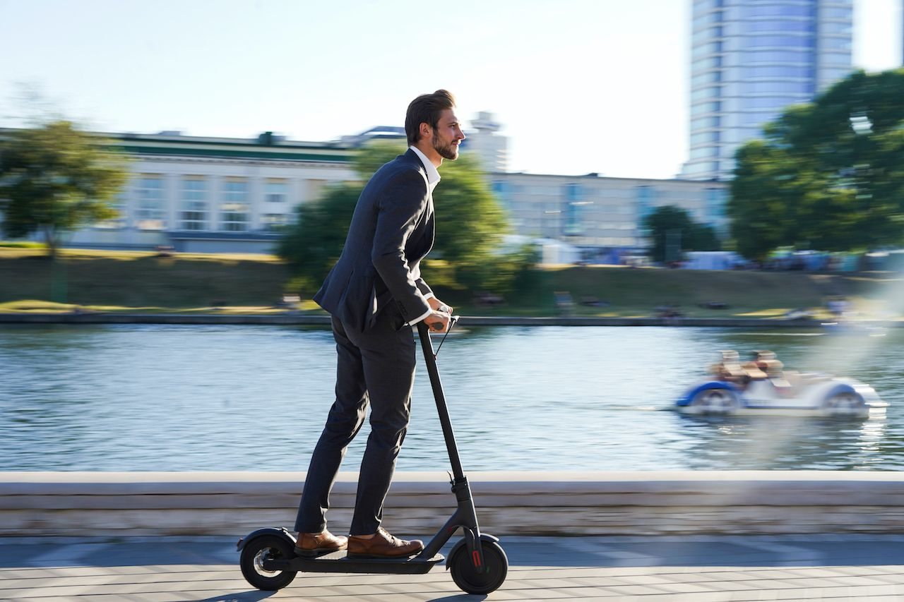 UK to legalize e-scooters