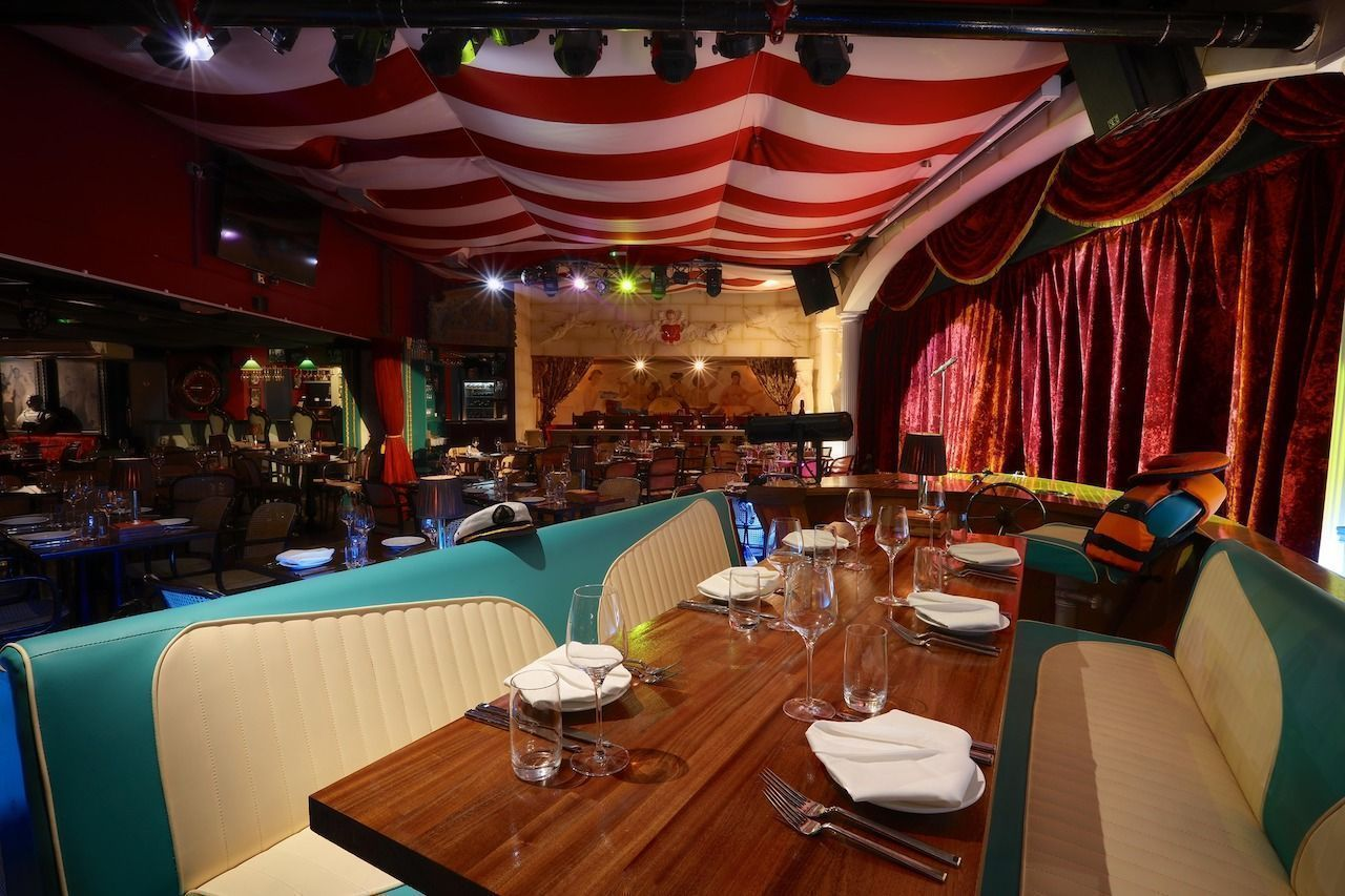 Bunga Bunga Covent Garden inside