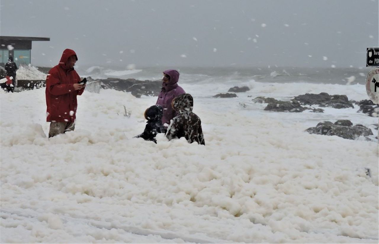 Storm Ciara sea foam fall in France