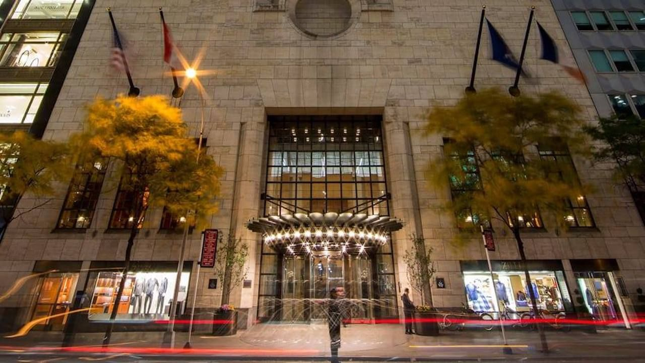 Four Seasons offer free rooms