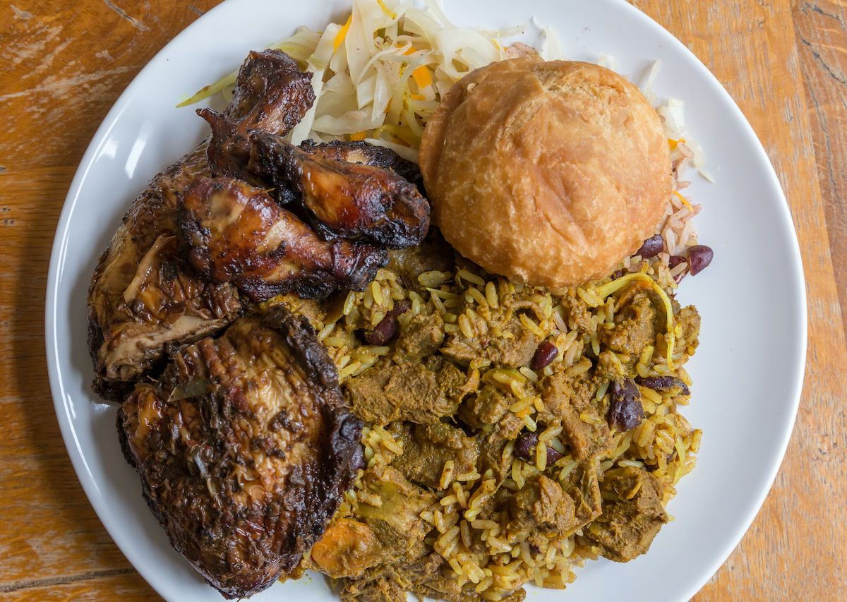 History and how to eat Jamaican jerk